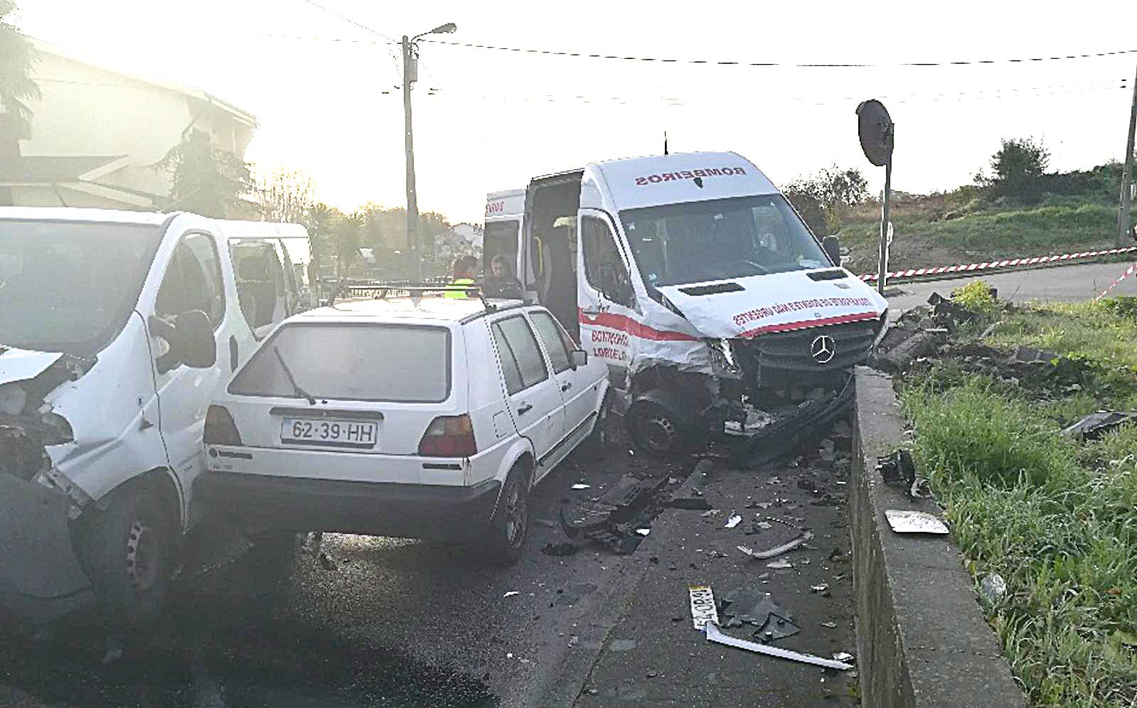 iMED 617 REGI Acidente com ambulância 1