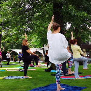 yoga parque urbano de pacos de ferreia