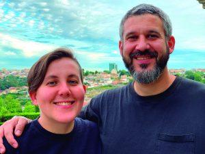 Rodrigo Constanzo e Angela Guyton são imigrantes
