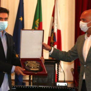 Abel Ferreira orgulhoso ao ser reconhecido na sua terra natal